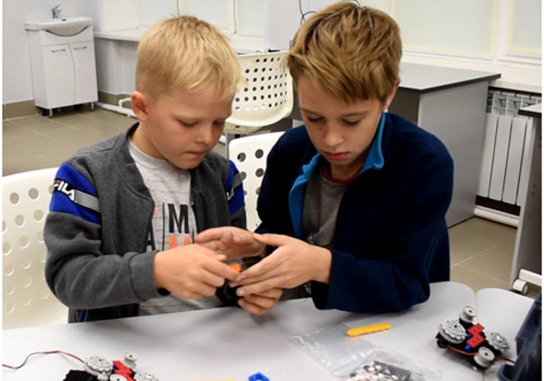 Создаём роботов