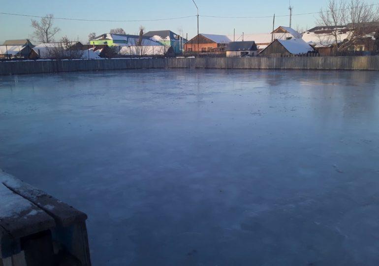 Хоккейные корты готовы