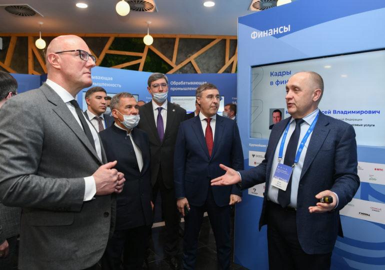 Для обучения IT-специалистов в России переподготовят 80 тысяч педагогов